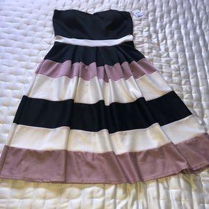 WOW Strapless Dress